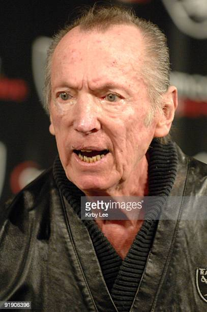 Oakland Raiders owner Al Davis scowls at press conference to announce hiring of Lane Kiffin as head coach in Alameda Calif on Tuesday January 23 2007