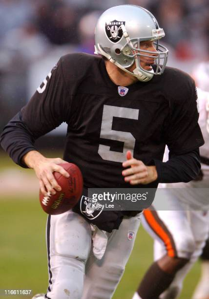 Oakland Raiders quarterback Kerry Collins scrambles during 96 loss to the Cleveland Browns at McAfee Coliseum in Oakland Calif on Sunday December 18...