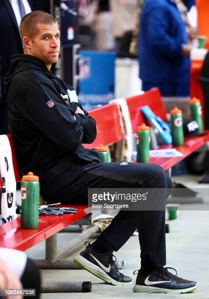 Oakland Raiders wide receiver Jordy Nelson sits on the bench during the NFL football game between the Arizona Cardinals and the Oakland Raiders on...