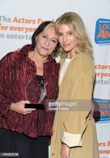 oani Geltman and daughter Ari Graynor pose with the Judy Hilary Swank Award For Parenting at the Actor's Funds 2018 Looking Ahead Awards at Taglyan...
