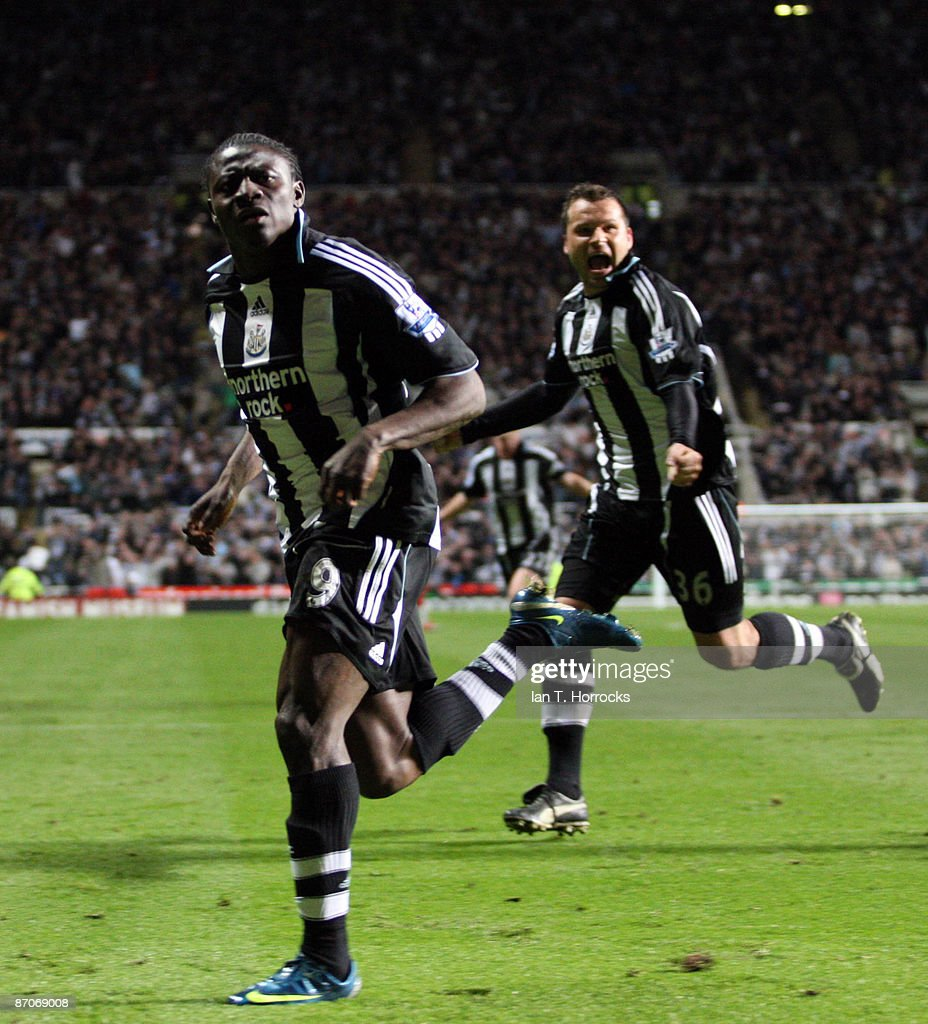 Obafemi Martins (L) and Mark Viduka celebrate after Martins scored the 2:1 goal during the Barclays Premier League match between Newcastle United and Middlesbrough at St James' Park on May 11, 2009 in Newcastle Upon Tyne, England.