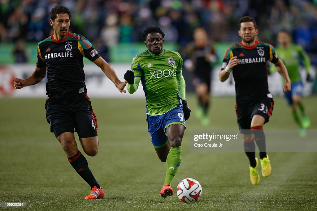 Los Angeles Galaxy v Seattle Sounders - Western Conference Final - Leg 2 : News Photo