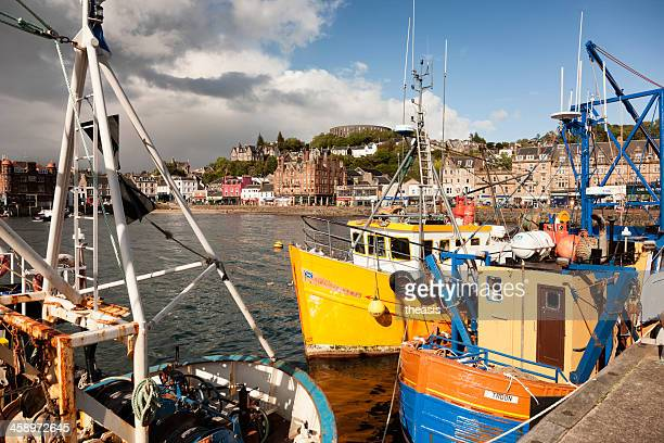 oban harbour - theasis stockfoto's en -beelden