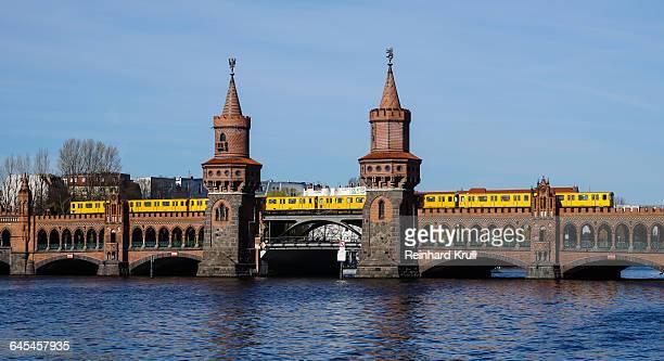 Oberbaum Bridge Over River Against Sky