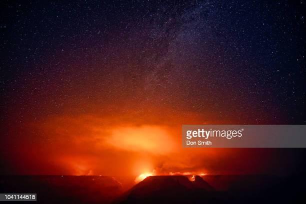 obi point fire and stars, grand canyon - don smith foto e immagini stock