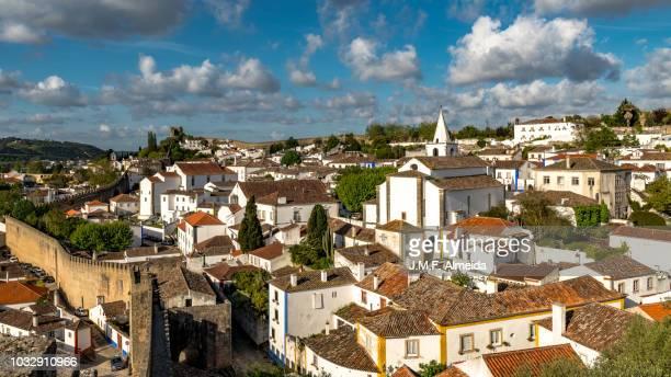 obidos castle & houses - estremadura stock-fotos und bilder