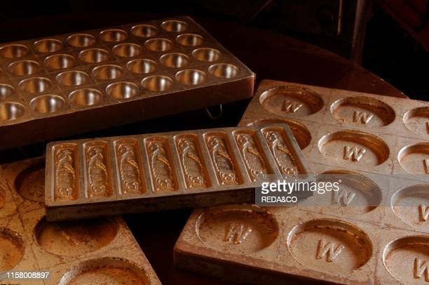 Objects related to the manufacture of chocolate Finca La Luz Chocolate Wolter Tabasco Mexico