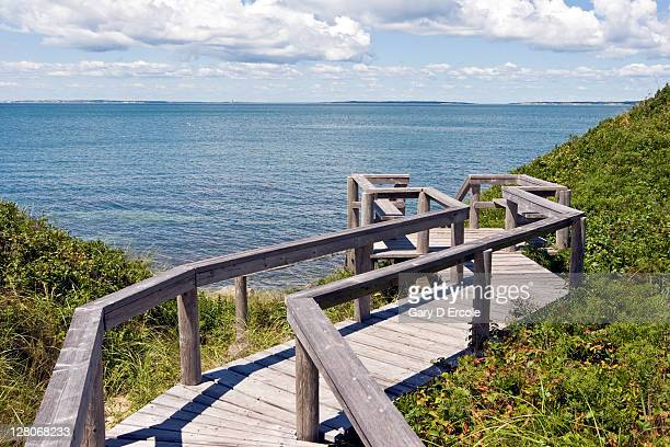 observation deck at bluff overlook on coast of martha's vineyard, massachusetts, usa, august 2010 - martha's vineyard stock pictures, royalty-free photos & images
