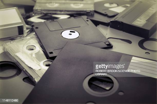 obsolete media - obsolete stock pictures, royalty-free photos & images