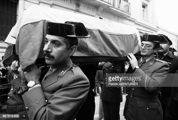 Obsèques de trois gardes civils tués dans un attentat de l'ETA le 28 septembre 1984 à Vitoria Espagne