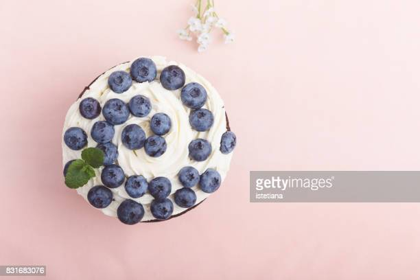 occasions. blueberry and cream cheese layer cake - mascarpone cheese stock pictures, royalty-free photos & images