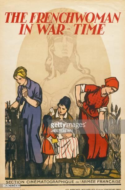 Occupations des femmes pendant la Première Guerre mondiale le travail dans une usine le foyer ou les travaux agricoles Derrière la figure symbolique...