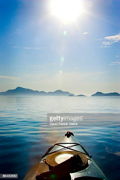ocean alone on a kayak - baja california peninsula stock pictures, royalty-free photos & images