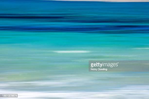 ocean blur - vista marina fotografías e imágenes de stock