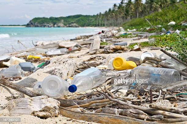 ocean dumping - plastic pollution stock pictures, royalty-free photos & images