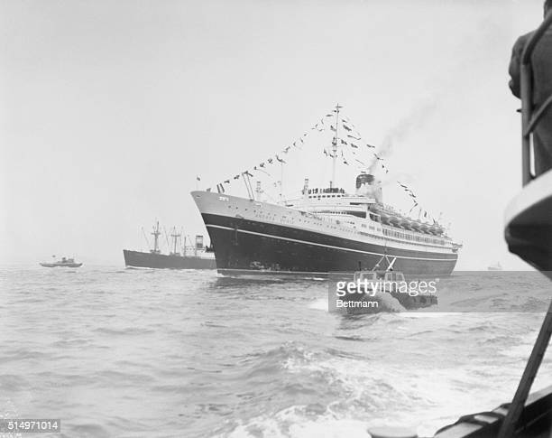 Ocean liner Andrea Doria collided with the liner Stockholm near Nantucket Massachusetts on the night of July 26 and sank 225 feet to the ocean floor