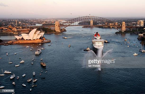 Ocean liner the Queen Mary II arrives in Sydney Harbour February 20 2007 in Sydney Australia Halfway into her maiden world voyage the 151400tonne...
