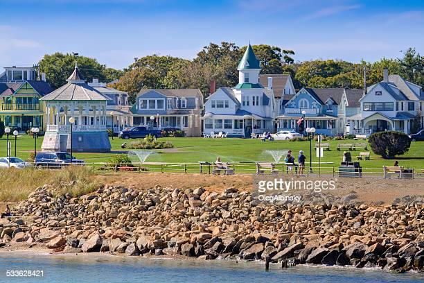 ocean park in oak bluffs, martha's vineyard, massachusetts, usa. - marthas vineyard stock pictures, royalty-free photos & images