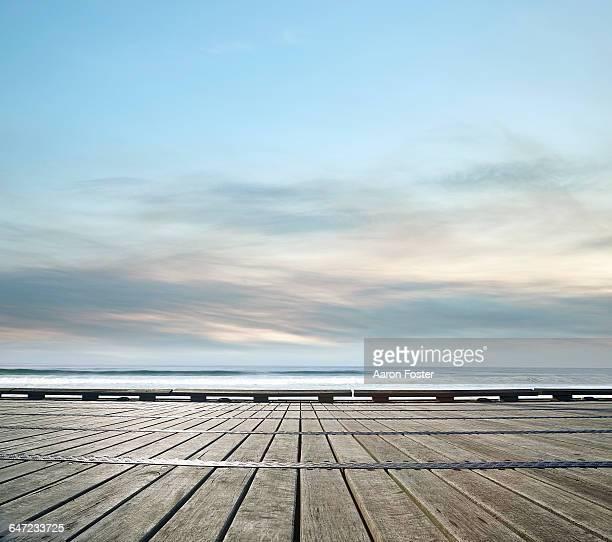 ocean pier - 桟橋 ストックフォトと画像