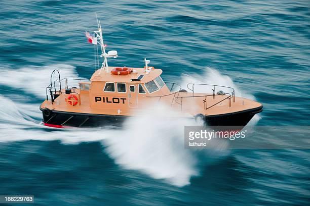 Bateau pilote de l'océan.