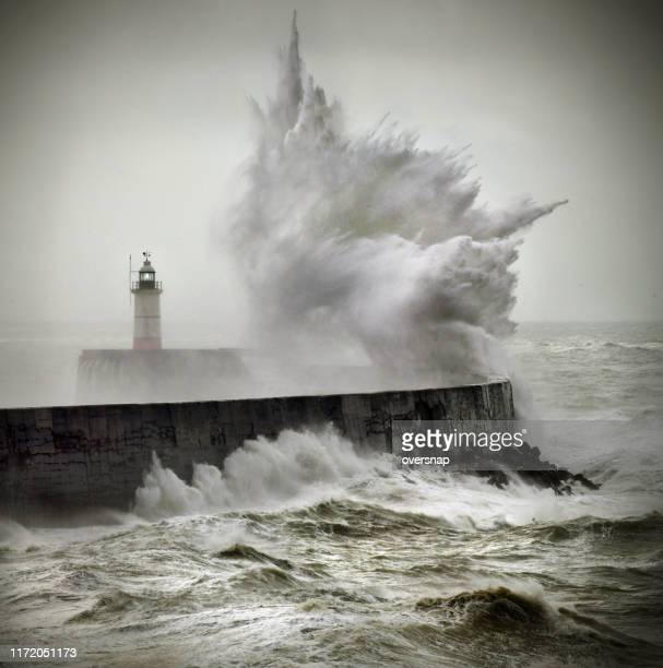 ocean storm - lighthouse stock pictures, royalty-free photos & images