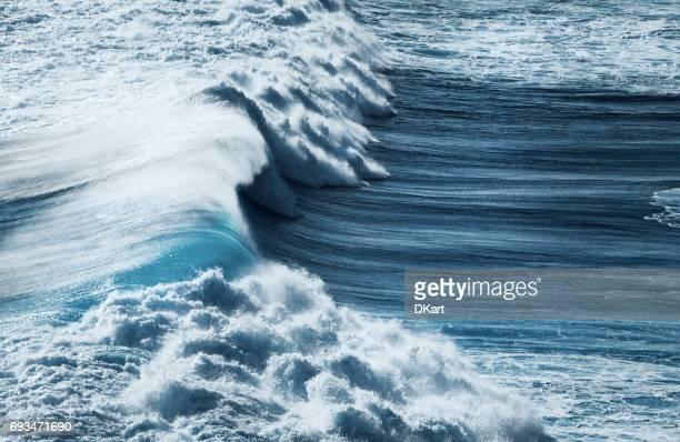 tormenta al mar - marea fotografías e imágenes de stock