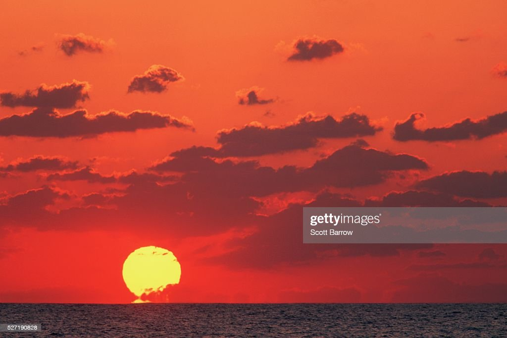 Ocean sunset : Stock Photo