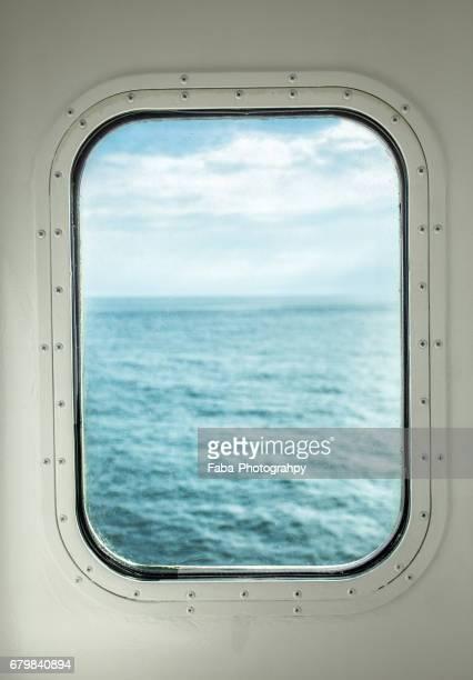 Ocean trough porthole