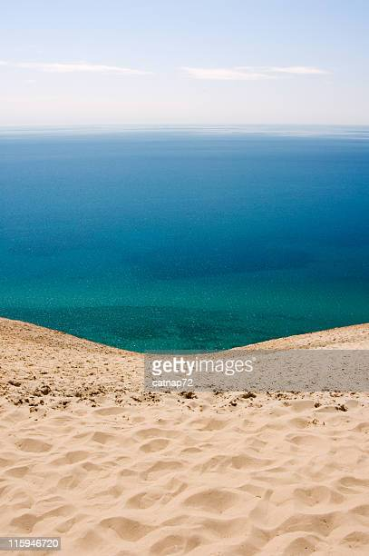 ocean view to blue water horizon - lake michigan stock pictures, royalty-free photos & images