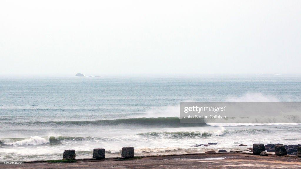 Ocean Waves in the Pacific Ocean : Stock-Foto