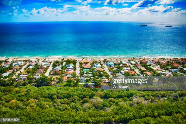 oceanfront florida community - fort lauderdale stock pictures, royalty-free photos & images