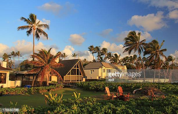 oceanfront home on oahu hawaii at sunset - oahu stock pictures, royalty-free photos & images