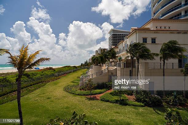 oceanfront villas (xl) - palmetto florida stock pictures, royalty-free photos & images