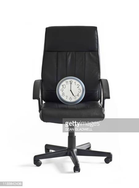 5 o'clock office hours - clocks go forward stock pictures, royalty-free photos & images