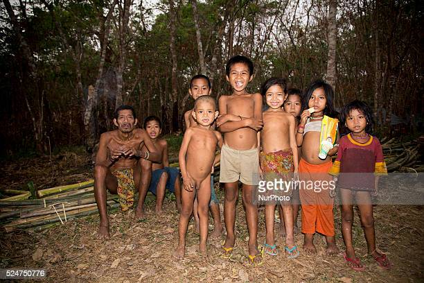 The term Kubu is a Malay exonym ascribed to mobile animist peoples who live throughout the lowland forests of Southeast Sumatra In the Malay language...