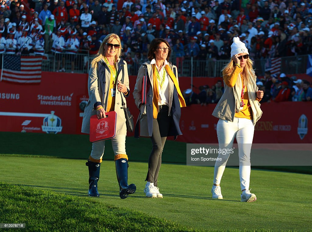 GOLF: OCT 01 PGA - Ryder Cup - Day Two : News Photo