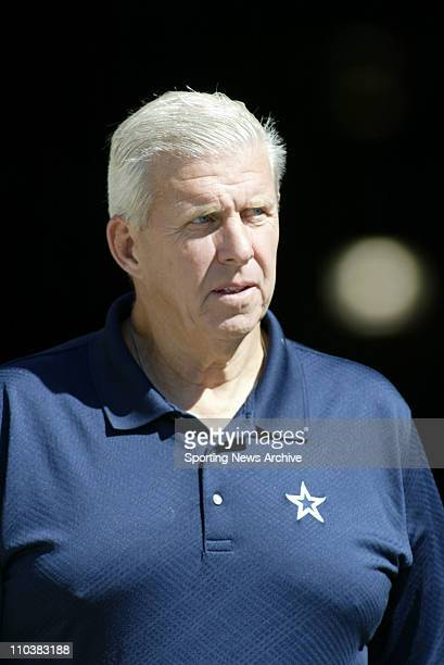 Oct 10 2006 Nashville TN USA Dallas Cowboys head coach BILL PARCELS against Tennessee Titans in Nashville TN on Sunday October 10 2006 Dallas...