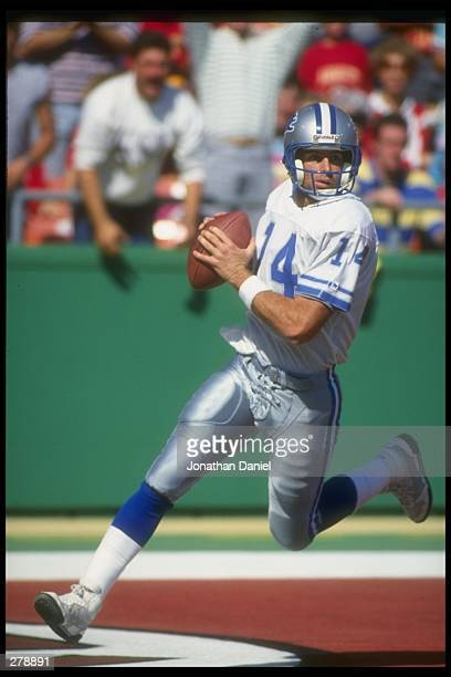 Quarterback Bob Gagliano of the Detroit Lions looks to pass the ball during a game against the Kansas City Chiefs at Arrowhead Stadium in Kansas City...