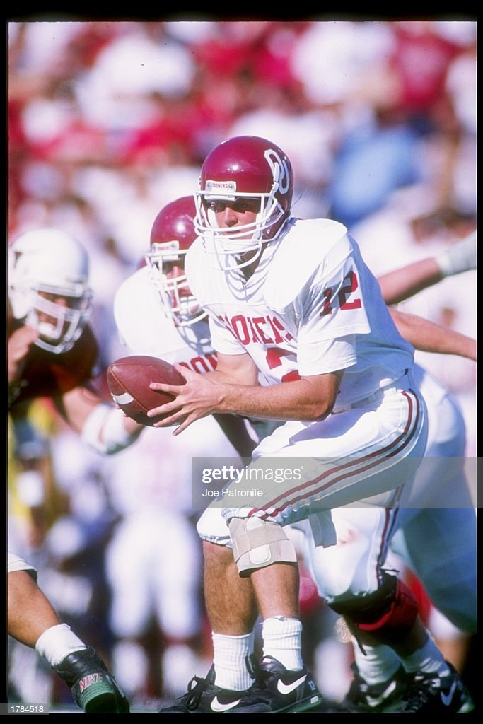 Quarterback Cale Gundy of the Oklahoma Sooners looks to ...