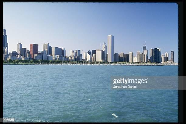 View of Chicago Illinois skyline Mandatory Credit Jonathan Daniel /Allsport