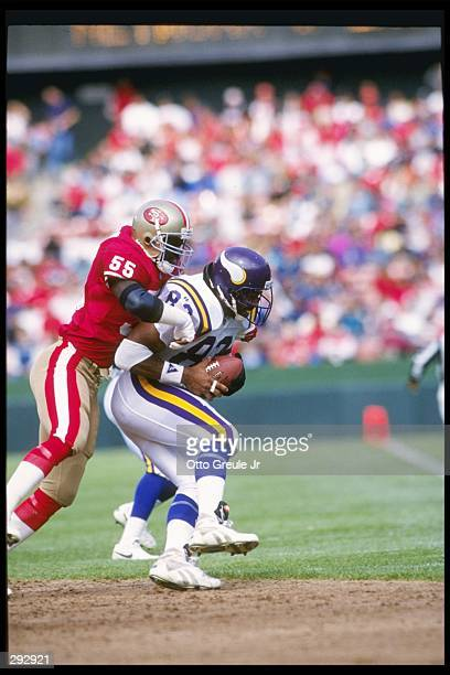 Tight end Steve Jordan of the Minnesota Vikings gets tackled during a game against the San Francisco 49ers at Candlestick Park in San Francisco...