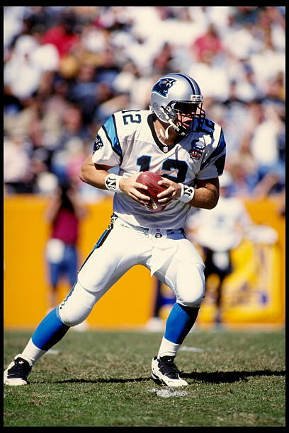 oct-1995-carolina-quarterback-kerry-collins-stands-in-the-pocket-the-picture-id236208?k=6&m=236208&s=612x612&w=0&h=O4wEvmqPLP7gikthCNszdJPVM_8DeFlXqDofFpiisL8=