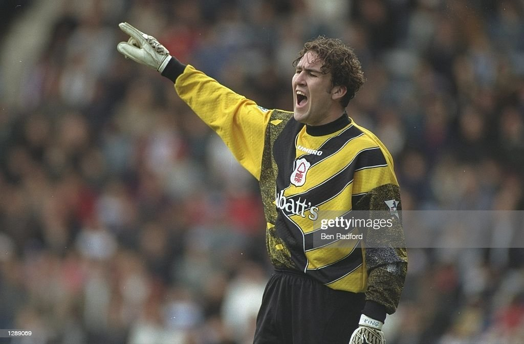 Nottingham Forest goalkeeper Mark Crossley : News Photo