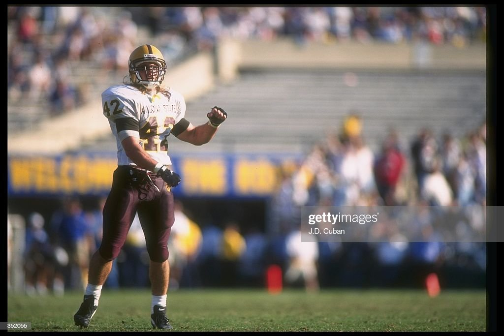 Pat Tillman : News Photo