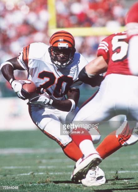 Running back Garrison Hearst of the Cincinnati Bengals carries the football during the Bengals 2821 loss to the San Francisco 49ers at 3Com Park in...