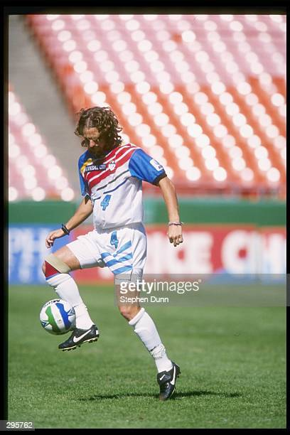 Scott Uderitz of the Kansas City Wizards dribbles the ball during their 21 MLS Western Conference Finals shoot out loss against the Los Angeles...