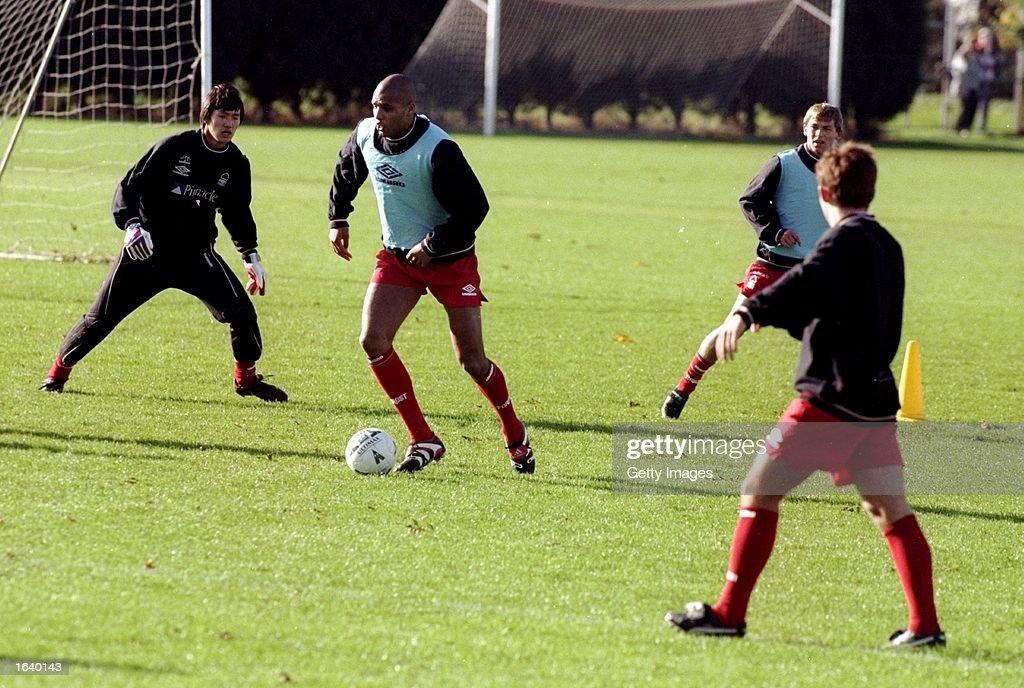 Pierre van Hooijdonk trains with team mates on his return to Nottingham Forest. \ Mandatory Credit: Allsport UK /Allsport
