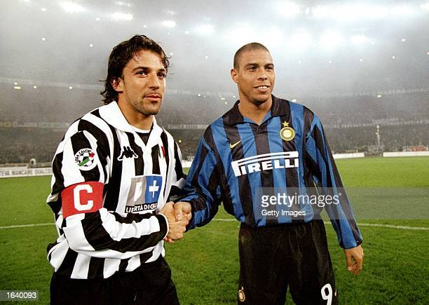 Ronaldo of Inter Milan and Alessandro Del Piero of Juventus during the Italian Serie A match at the Delle Alpi Stadium in Torino Italy Juventus won...