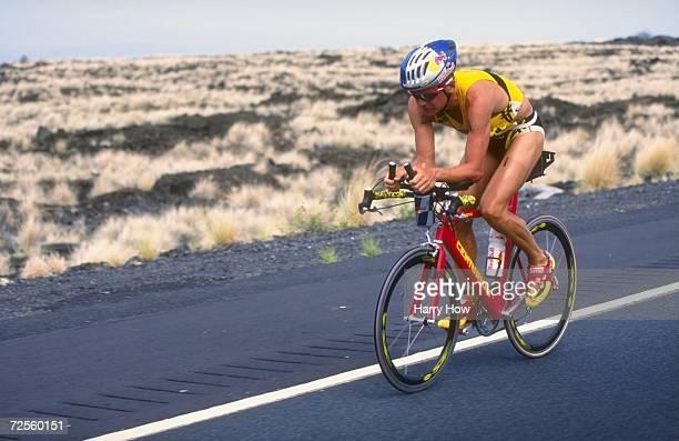 Thomas Hellriegel in action during the 1998 Iron Man Triathlon in KailuaKona Hawaii Mandatory Credit Harry How /Allsport