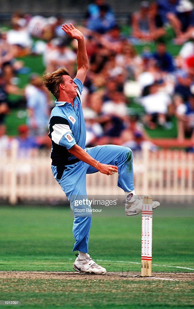 Brett Lee of the NSW Blues in action against the Victorian Bushrangers during the Mercantile Mutual Cup fixture at the North Sydney Oval, Sydney, Australia. Mandatory Credit: Scott Barbour/ALLSPORT